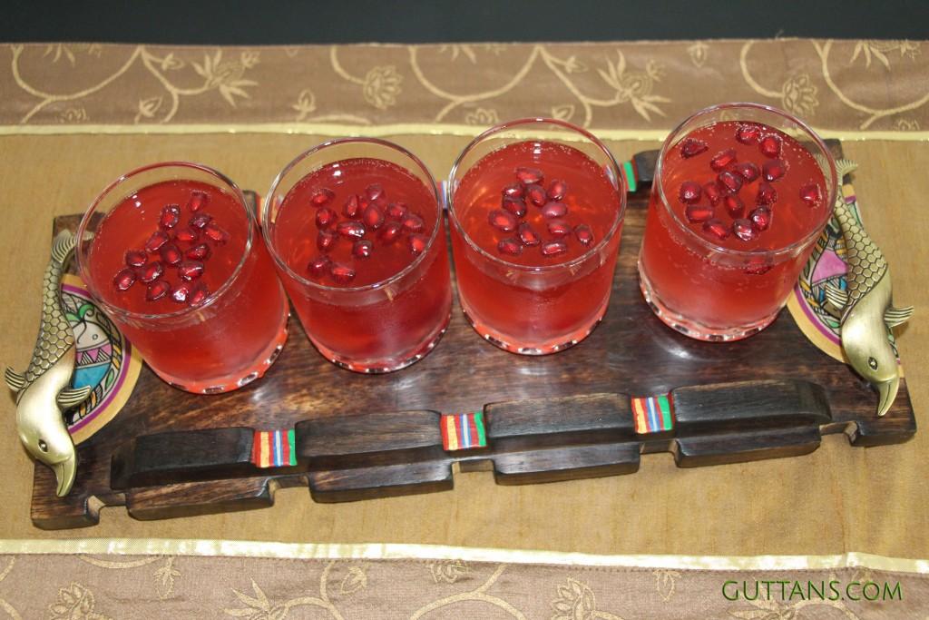 Pomegranate Fizz Mocktail